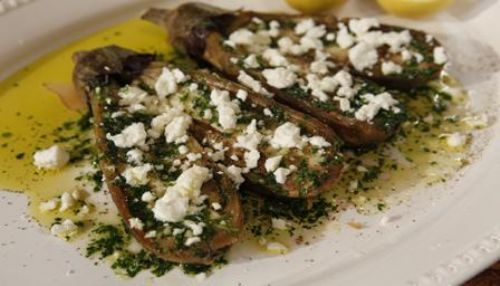 Grilled auberg, olive oil, garlic, parsley, feta