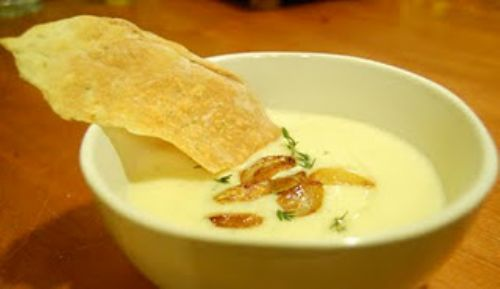 Creamy Roasted Garlic Soup
