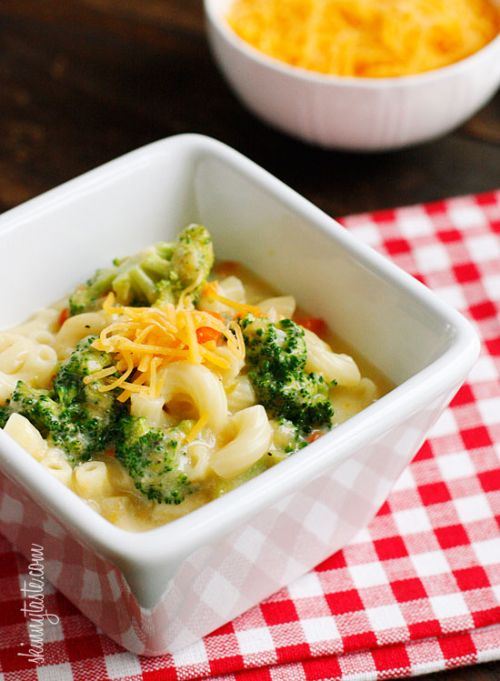 Skinny Macaroni and Cheese Soup with Broccoli Recipe