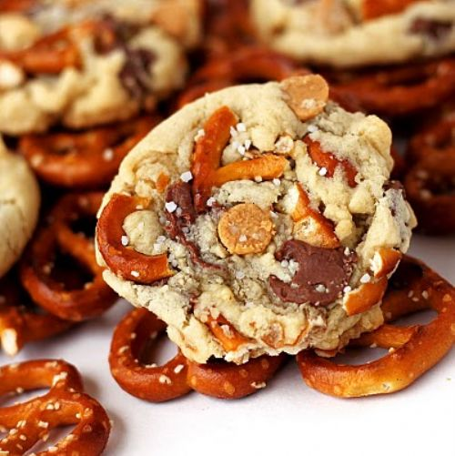 Chocolate & Peanut Butter Chip Pretzel Cookies
