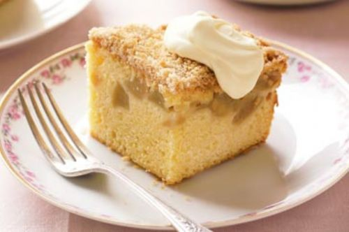Apple Crumble Dessert Cake