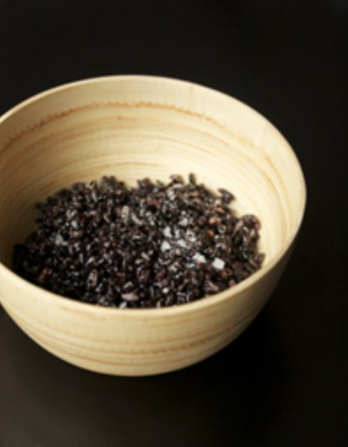 Puffed Black Rice