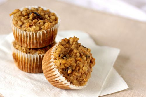 Oatmeal, Date and Apple Muffins