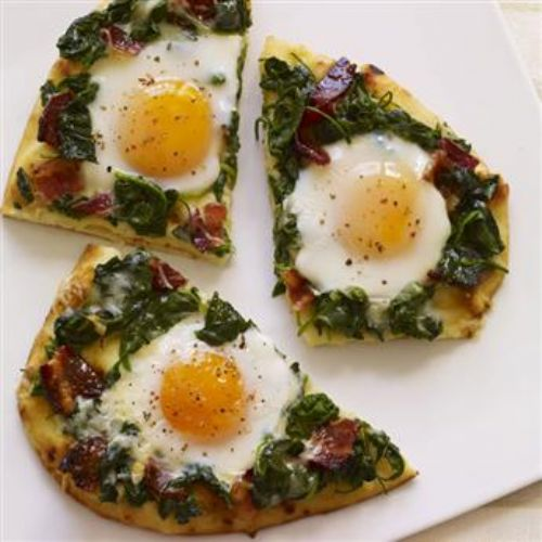 Applewood Bacon and Eggs Breakfast Flatbread