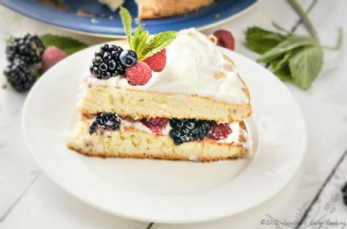 Berry Bursting Cake