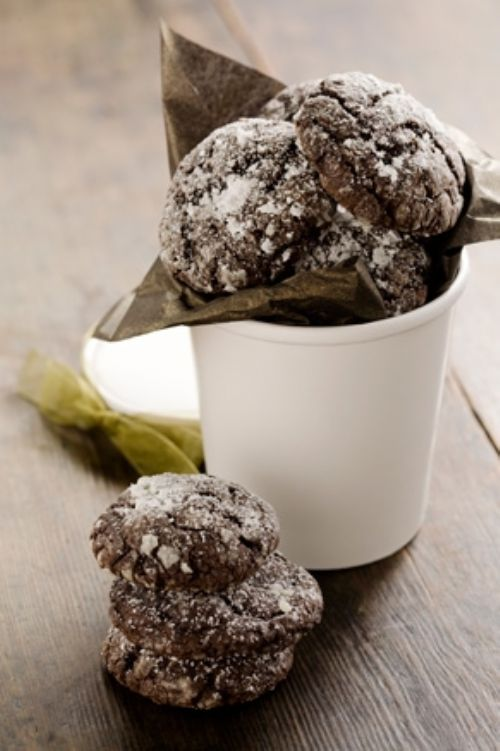 CHOCOLATE GOOEY BUTTER COOKIES