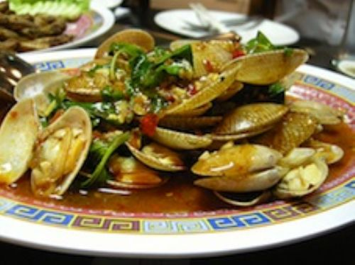 Red Chili & Curry Clams