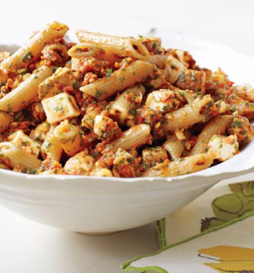 Penne w/ Tomato Pesto and Mozzarella