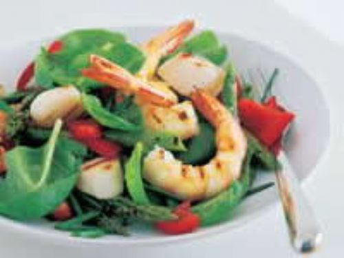 Prawn, Scallop and Asparagus salad with Ginger Dre