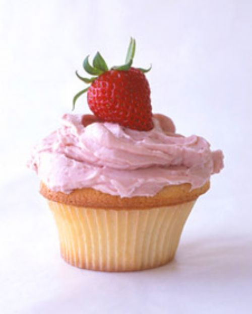 strawberry meringue buttercream sc2