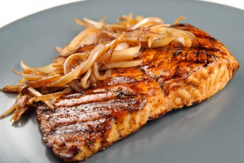 Grilled Salmon with Balsamic Rosemary Glaze