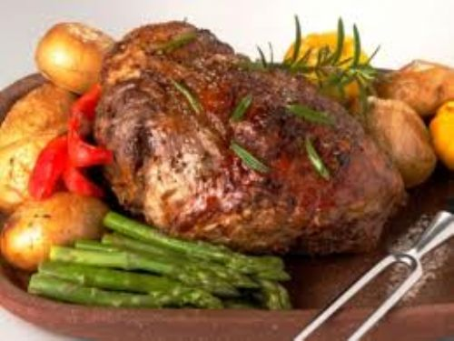 Peppered Leg of Lamb & Ginger Sauce