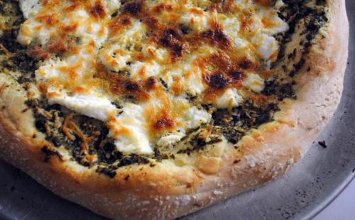 Pesto Cheese Pizza