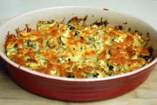 chessy courgette & baby spinach bake