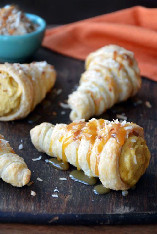 Puff Pastry Cornucopias with Pumpkin-Coconut Mouss