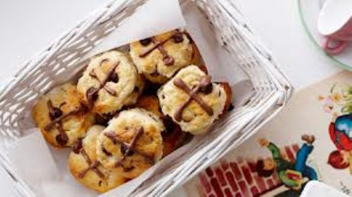 mini chocolate hot cross scones