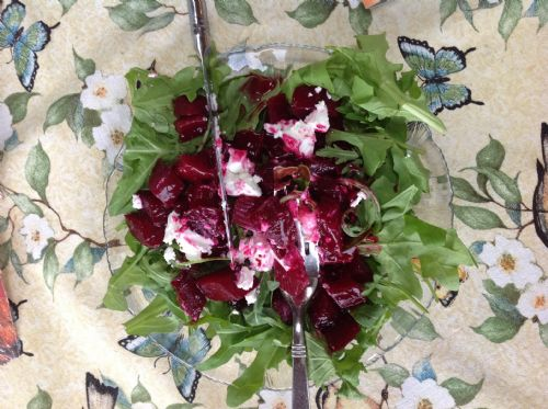 Beet, Arugula and Goat Cheese Salad