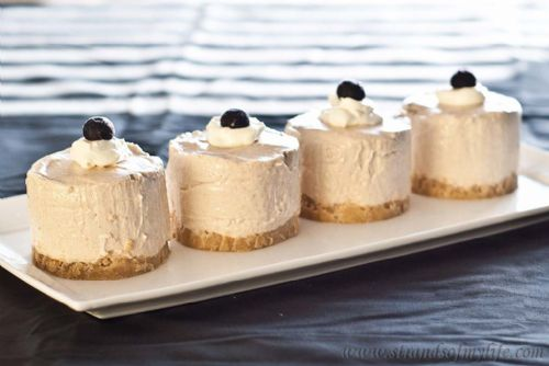 Banana Sour Cream Cheesecake
