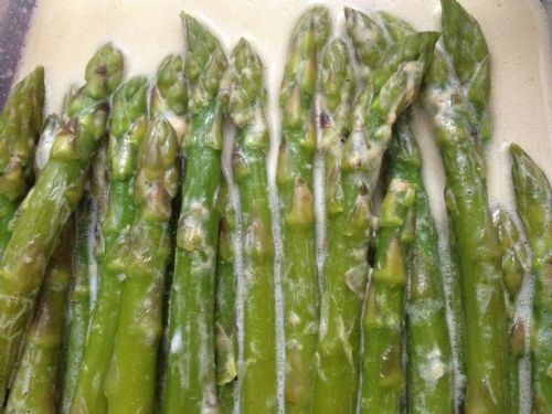 Asparagus with Cream Sauce 4HB