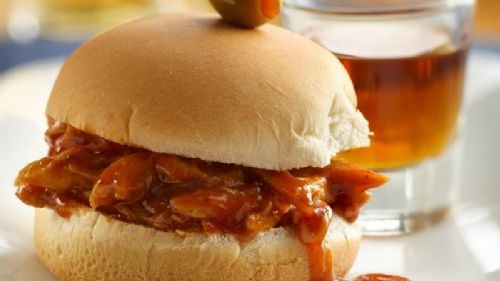 Chicken - Whiskey and Beer BBQ Chicken Sliders