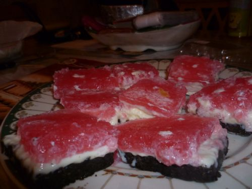 Jelly slice with oreo base