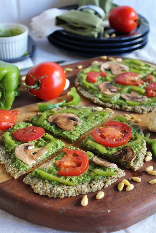 Raw Pizza with Garlic and Seed Crust