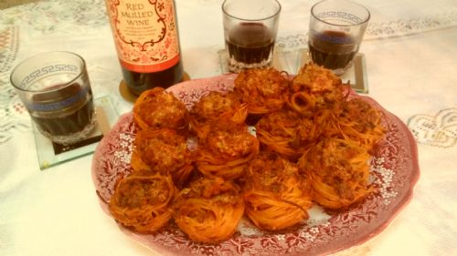 Baked spaghetti nests (Christmas starter lunch)