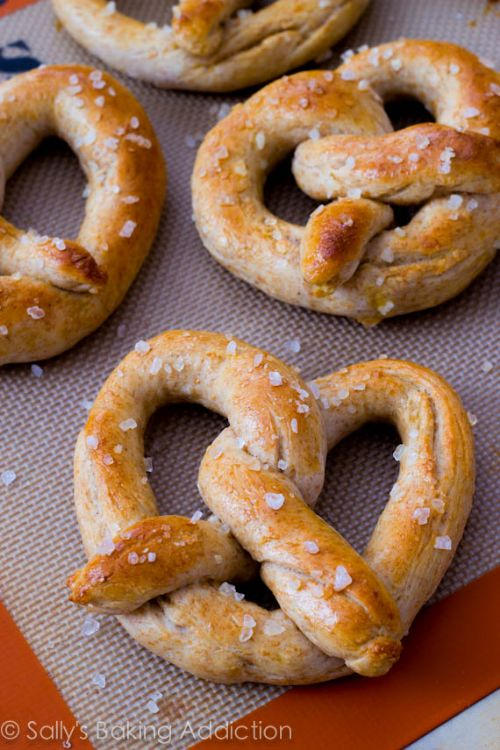 30 min Homemade Soft Pretzels