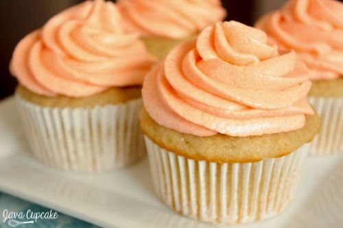Peaches n Cream Cupcakes