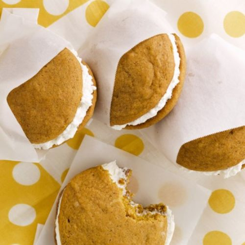 Pumpkin Whoopie Pies with Filling