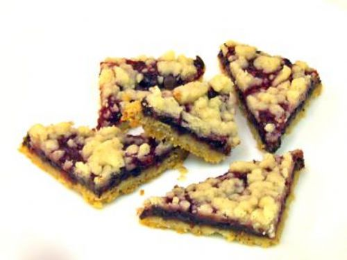 Raspberry Chocolate Triangle Bar