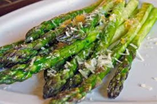 Roasted Asparagas with Sauce