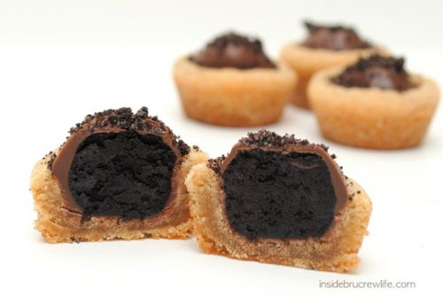 PB Oreo Truffle Cookie Cups