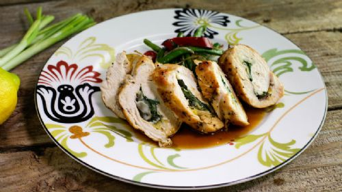 Chicken Rolls with Herbs and Green Onions