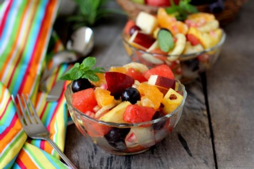 Fruit Chaat (Indian Style)