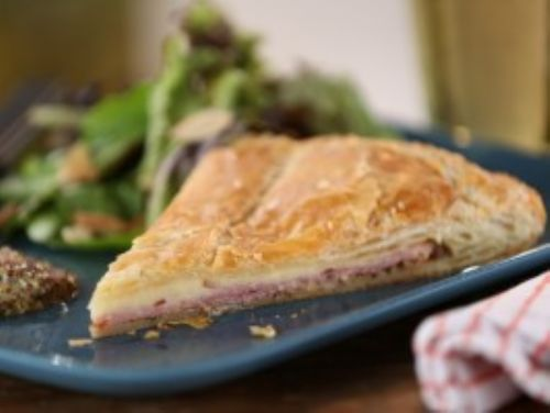 Ham and Cheddar Pie