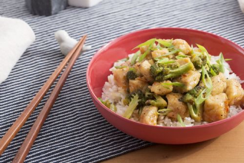 Spice Hoisin Chicken, Broccoli and Rice