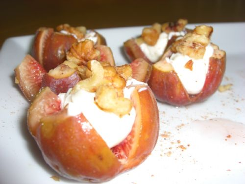 wjjjww stuffed fresh figs with walnuts