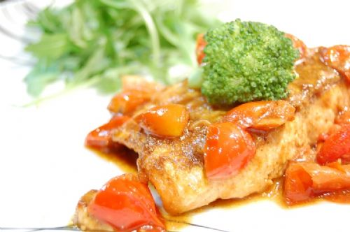Baked Salmon with curry and tomato taste
