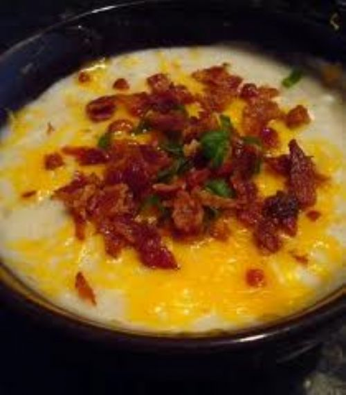 Slow Cooker Cheesy Potato Soup
