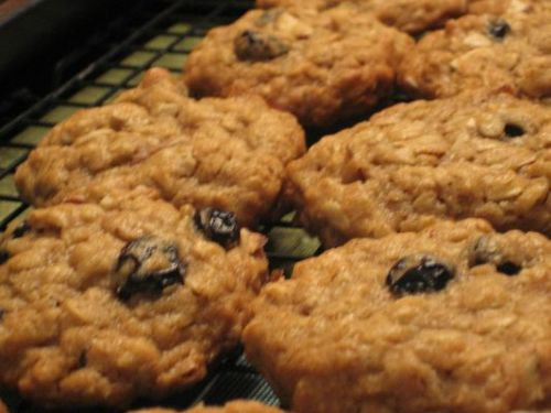 Oatmeal Almond Blueberry Cookies