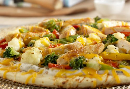 Chicken & Stir-Fry Vegetable Pizza