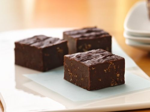 SUGAR COOKIE -CHOCOLATE CRUNCH FUDGE