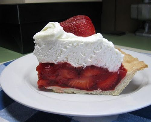 Easy Almond Strawberry Pie